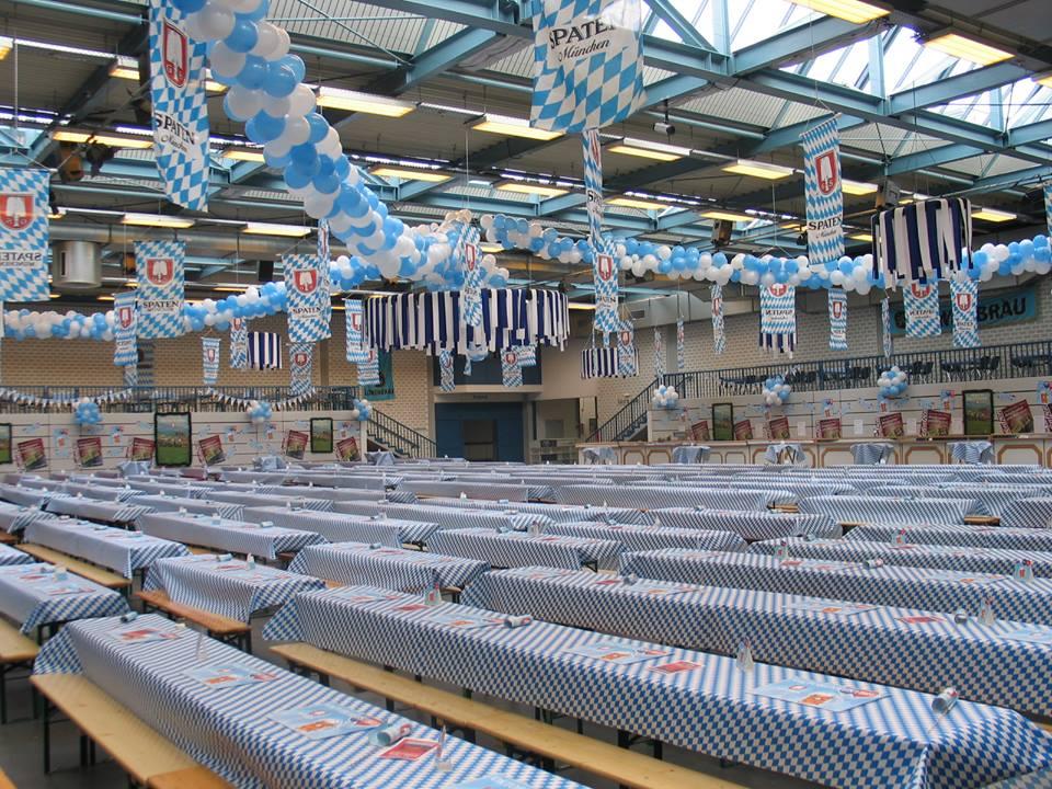 Oktoberfest in den Emslandhallen in Lingen
