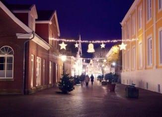 Weihnachtliche Straßendeko in Lingen © MK Art