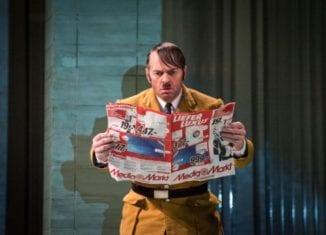 Er ist wieder da im Theater an der Wilhelmshöhe - Quelle: G2 Baraniak